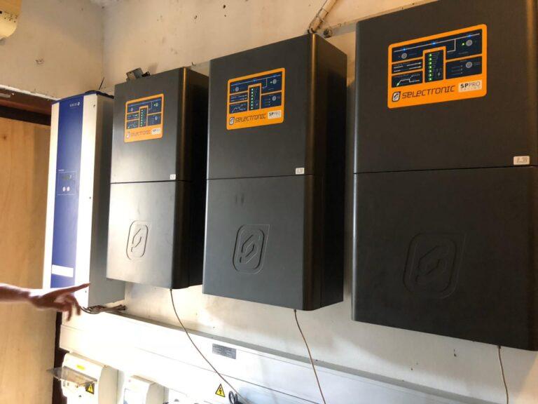 Selectronic, Villa Tantangan, Solar Power Indonesia